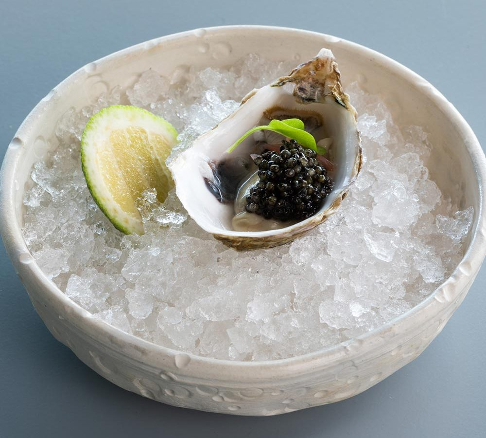 Recipe for oysters and caviar | Secrets | Caviar de Riofrío